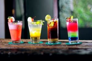 How To Pull Off a Great Cocktail Party Cocktails