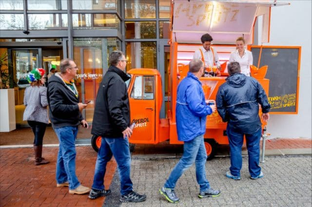 WHY YOUR NEXT EVENT SHOULD INCLUDE APEROL SPRITZ customers